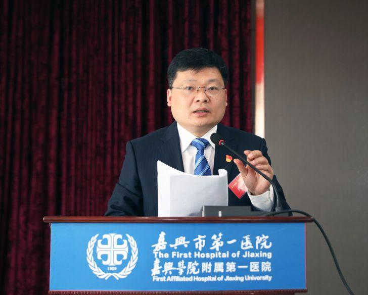 王黎恩副院长.JPG